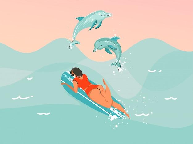 Illustrazione disegnata a mano dell'estratto di riserva con una donna praticante il surfing di nuoto del costume da bagno con i delfini di salto sul fondo blu dell'onda di oceano. Vettore Premium