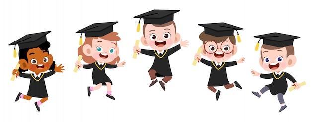 Illustrazione felice di vettore di graduazione dei bambini isolata Vettore Premium