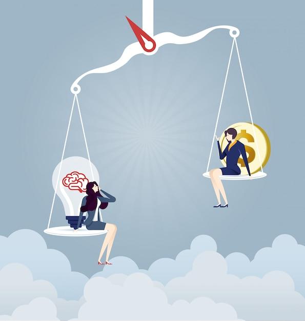 Imprenditrice su scale con un segno di lampadina e denaro Vettore Premium