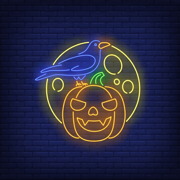 Insegna al neon con faccia di zucca, corvo e luna Vettore gratuito