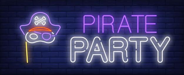 Insegna al neon del partito del pirata Vettore gratuito