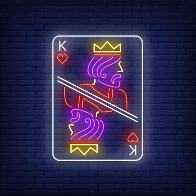 Insegna al neon della carta da gioco di re dei cuori. Vettore gratuito