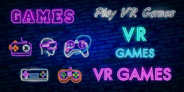 Insegna al neon della raccolta dei marchi dei video giochi modello di progettazione di vettore. Vettore Premium