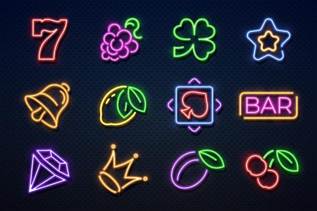 Insegne al neon al casinò. slot machine da gioco, carte da gioco, ciliegia e cuori, jackpot da gioco. icone al neon del casinò Vettore Premium