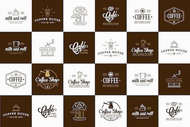 Insieme di elementi di caffè e accessori di caffè Vettore Premium