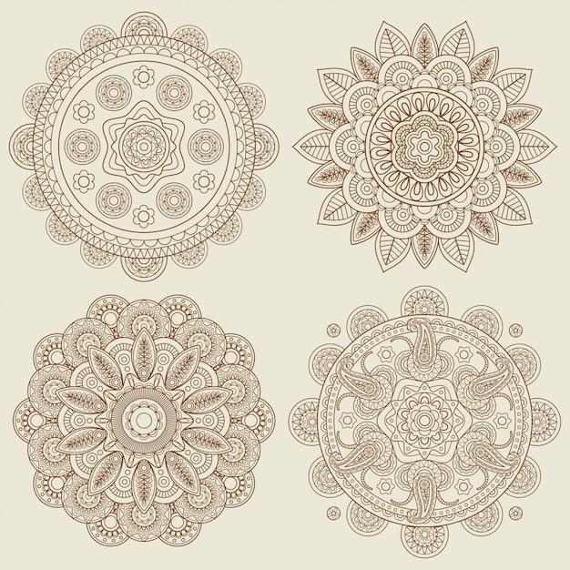 Insieme di mandala di mehendi floreale boho indiano doodle Vettore Premium