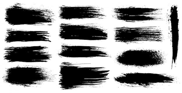 Insieme di pennellate artistiche grunge, pennelli. elementi di design creativo. pennellate larghe dell'acquerello di lerciume. raccolta nera isolata su fondo bianco Vettore Premium
