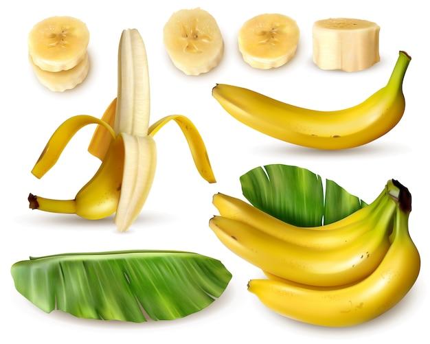 Insieme realistico della banana con varie immagini isolate della frutta fresca della banana con le foglie e le fette della pelle Vettore gratuito