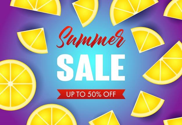 Iscrizione di vendita estiva con fette di limone Vettore gratuito