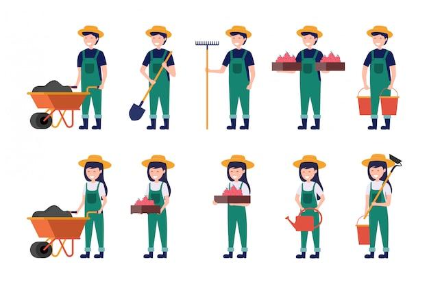 L'insieme dell'agricoltore maschio e femminile che lavora con la zappa della forcella della carriola e l'annaffiatoio vector l'illustrazione Vettore Premium