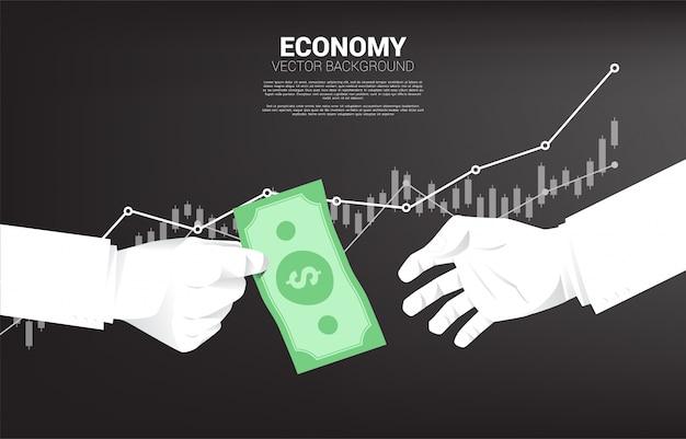 La mano dell'uomo d'affari dà i soldi delle banconote ad altri. Vettore Premium