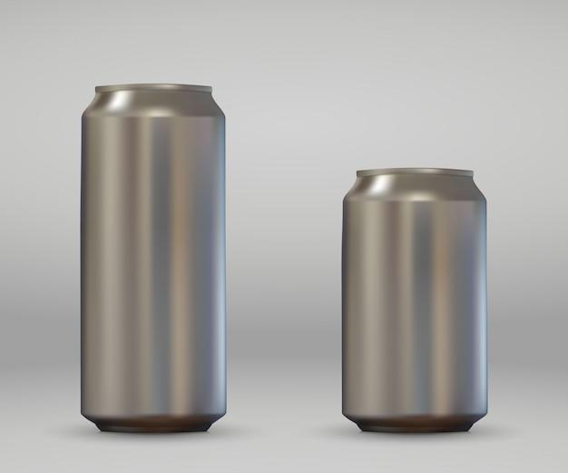 Latta di alluminio in bianco realistica 3d. birra metallica o mockup di confezioni di soda. Vettore Premium