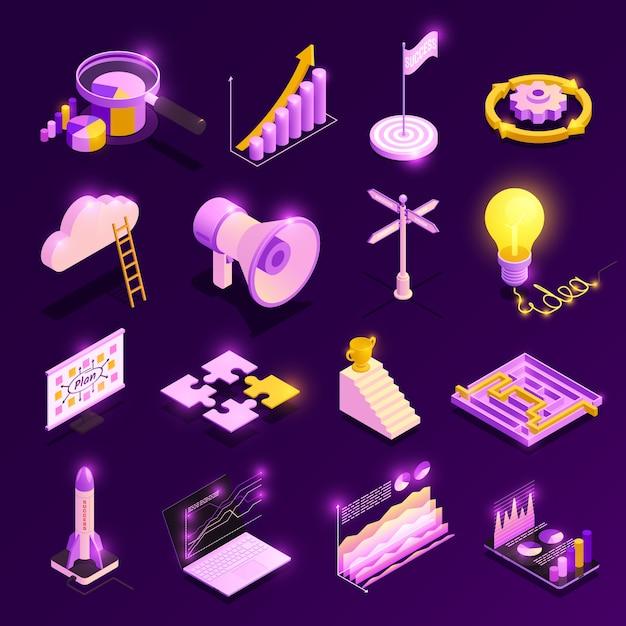 Le icone isometriche di strategia aziendale messe con i simboli di successo hanno isolato l'illustrazione Vettore gratuito