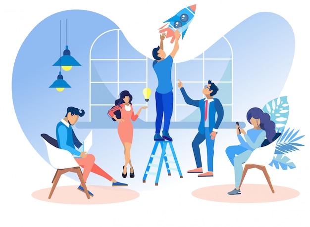 Le persone piane lavorano in ufficio per sviluppare siti web. Vettore Premium