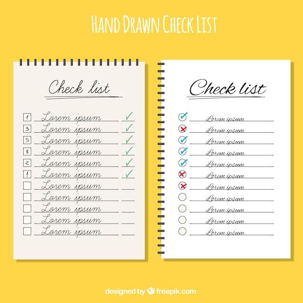 Liste di controllo disegnati a mano con disegni diversi Vettore gratuito