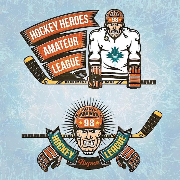 Loghi amatoriale hockey league. giocatore di hockey su ghiaccio con il bastone in mano e nastro vintage. Vettore Premium
