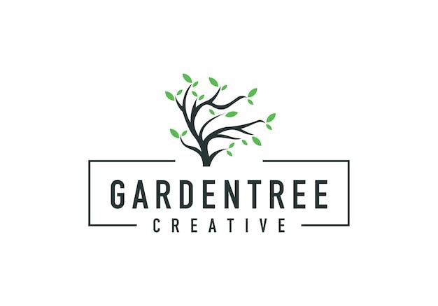 Logo e foglie del ramo di un albero, naturali di un albero Vettore Premium