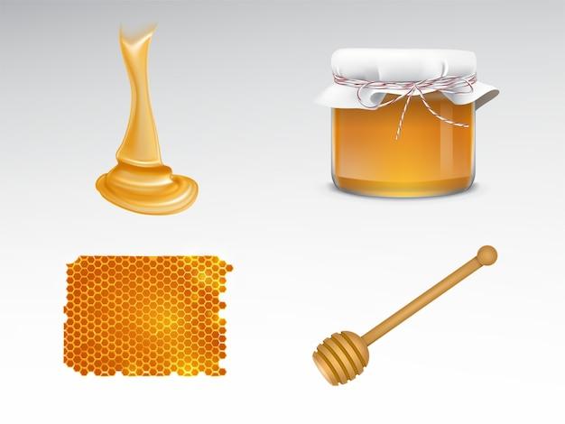 Miele fluente, vaso di vetro con copertura in tessuto, nido d'ape, mestolo in legno Vettore gratuito