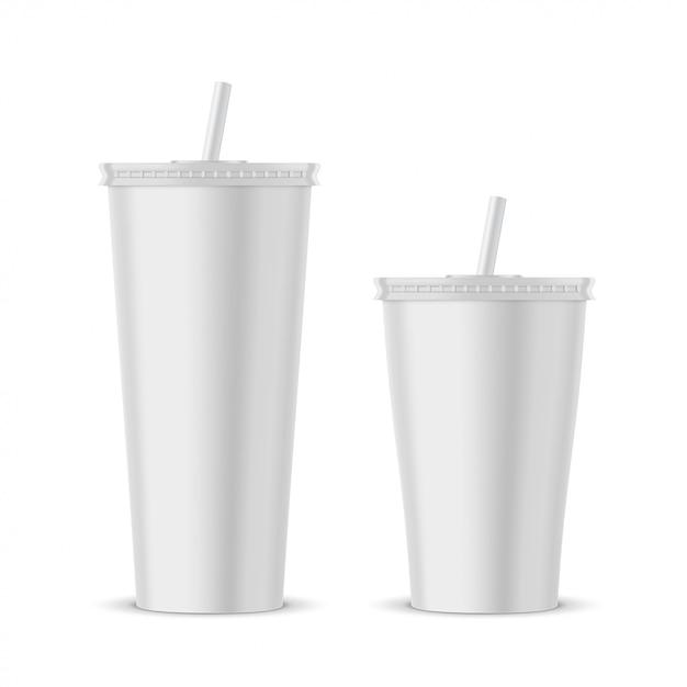 Mockup di tazza monouso in plastica bianca Vettore Premium