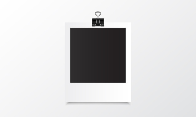 Mockup realistico di foto polaroid con clip binder Vettore Premium