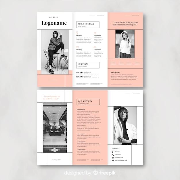 Modello dell'opuscolo a tre ante di affari Vettore gratuito