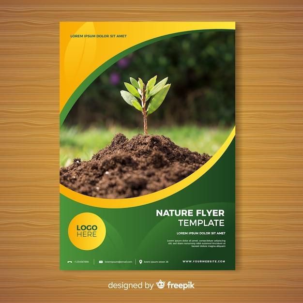 Modello di brochure di natura Vettore gratuito