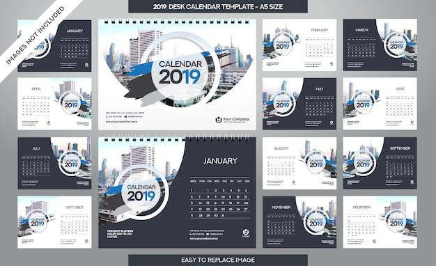 Modello di calendario da tavolo 2019 Vettore Premium