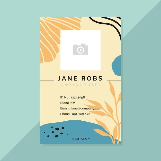 Modello di carta d'identità aziendale con foglie Vettore gratuito