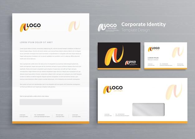 Modello di identità aziendale aziendale di cancelleria Vettore Premium