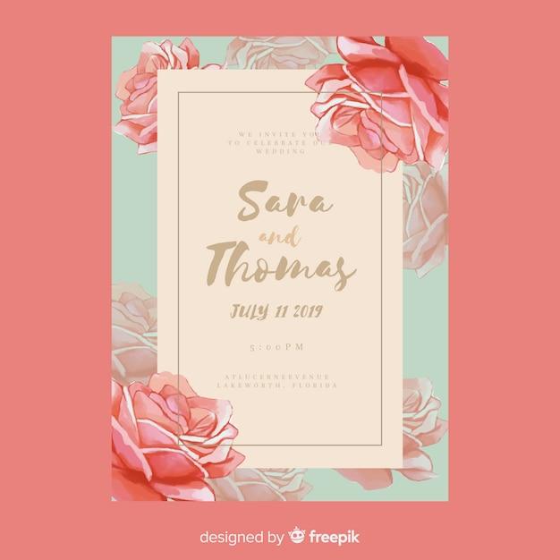Modello di invito di nozze di rose disegnate a mano Vettore gratuito