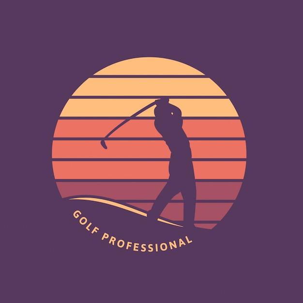 Modello di logo retrò vintage professionale di golf con silhouette e tramonto Vettore Premium