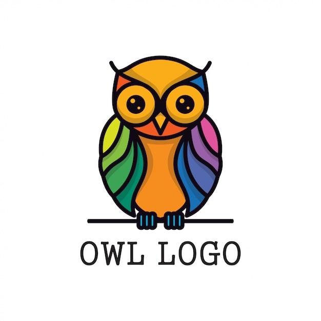 Modello di progettazione logo vettoriale full color gufo Vettore Premium