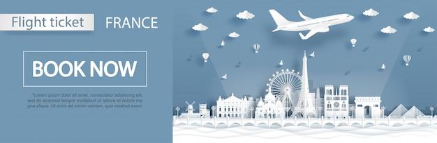 Modello di pubblicità di volo e biglietto con viaggio a parigi, francia concetto con famosi monumenti Vettore Premium