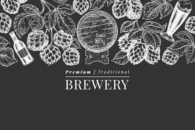 Modello di sfondo di birra e luppolo Vettore Premium