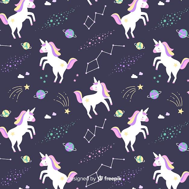 Modello di unicorno carino colorato disegnato a mano Vettore gratuito