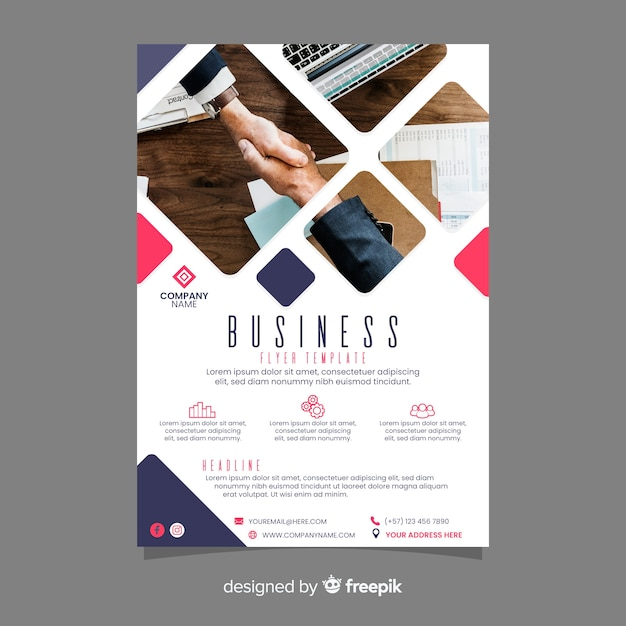 Modello di volantino business mosaico Vettore gratuito