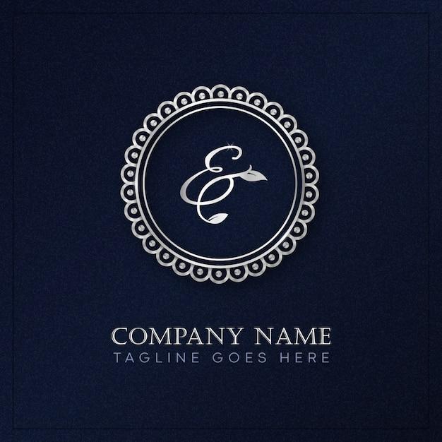 Monogramma con logo circolare in stile reale in colore argento Vettore Premium