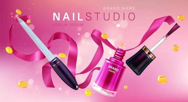 Nail studio, manifesto del marchio del salone di manicure Vettore gratuito