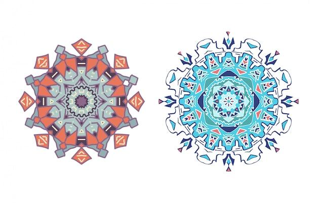 Ornamento rotondo mandala. modello fiocco di neve. Vettore Premium