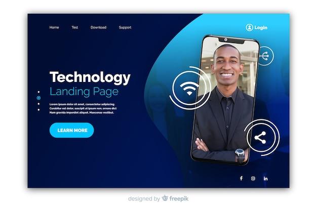 Pagina di destinazione della tecnologia con smartphone Vettore gratuito