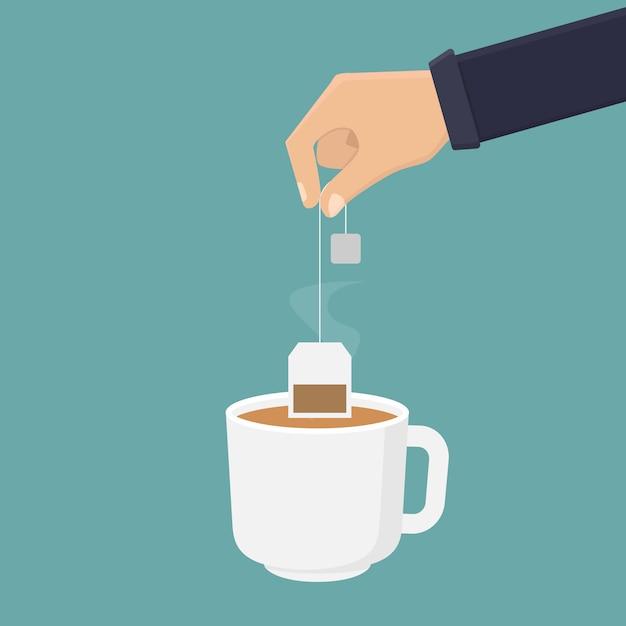 Passi la tenuta della bustina di tè e immerga il tè in un'illustrazione di vetro Vettore Premium