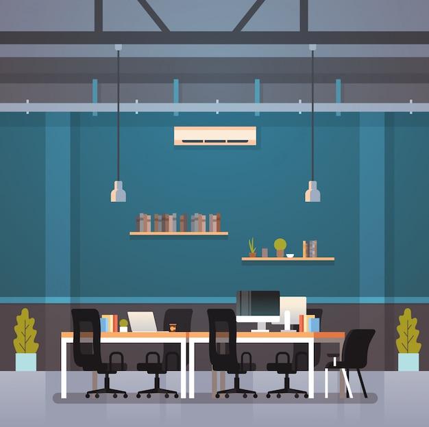 Piano di lavoro creativo del centro di lavoro creativo scrivania interna moderna scrivania sul posto di lavoro Vettore Premium