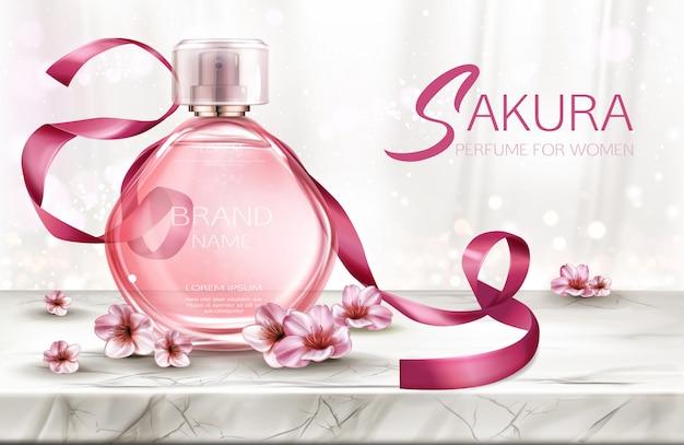 Profumo, fragranza cosmetica del prodotto in bottiglia di vetro con pizzo e fiori rosa sakura Vettore gratuito