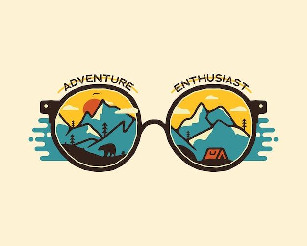 Progettazione dell'illustrazione del distintivo di campeggio. logo da esterno con citazione - appassionato di avventura Vettore Premium