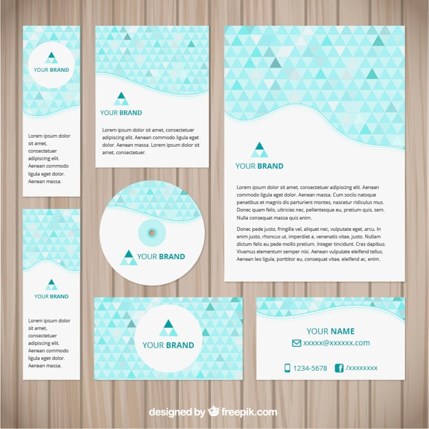 Progettazione di identit aziendale con triangoli blu for Progettazione di edifici online gratuita