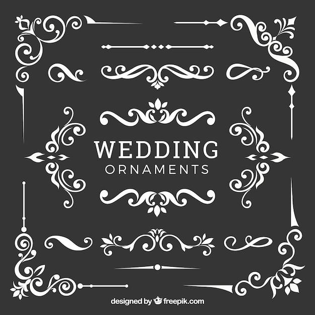 Raccolta di ornamenti di nozze in design piatto Vettore gratuito