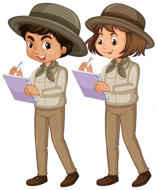 Ragazzo e ragazza in uniforme dell'esploratore isolata Vettore gratuito