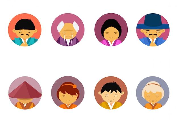 Ritratti di persone asiatiche set di uomini e donne in abiti tradizionali collezione di icone maschio femmina avatar Vettore Premium