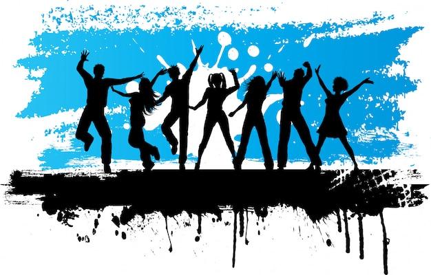 Sagome di persone che ballano su uno sfondo grunge Vettore gratuito