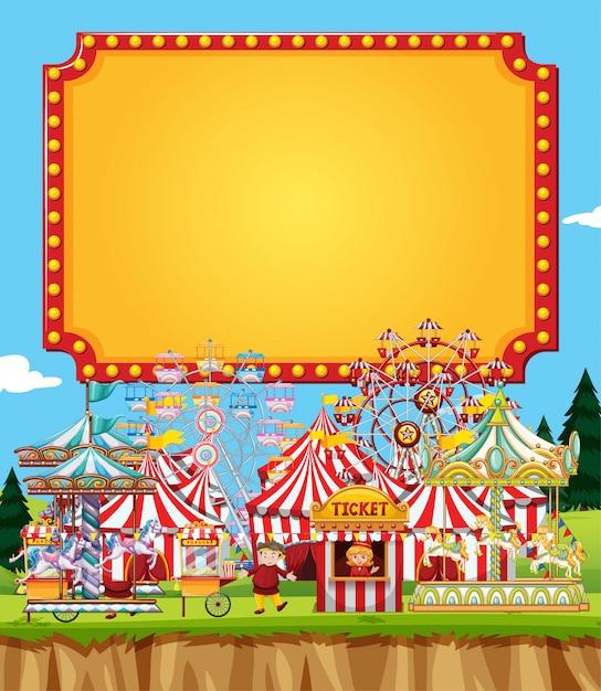 Scena del circo con il modello del segno nel cielo Vettore Premium
